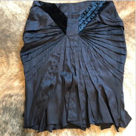 2556afca EUC GUCCI Black Pleat Skirt SZ 10